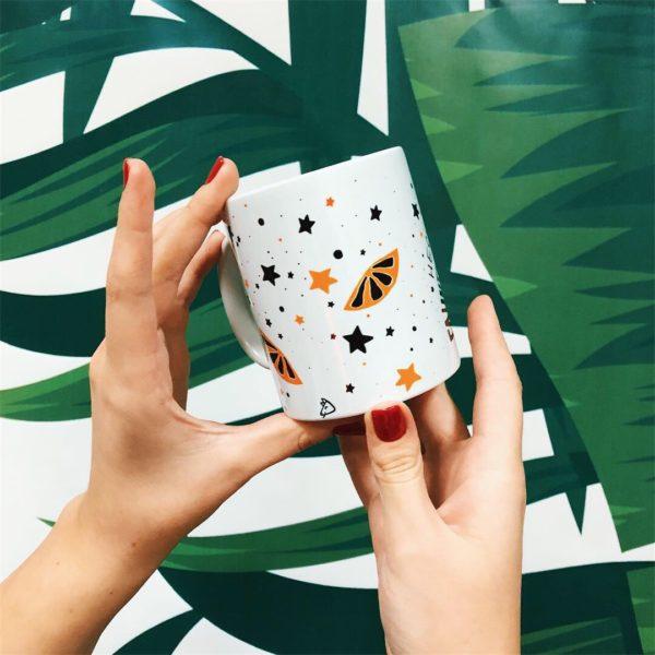 Кружка «Неси меня глинтвейн» купить кружку в магазине подарков Морда Довольна